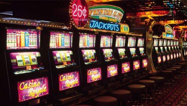 Казино Рокс: лучшие игровые автоматы клуба