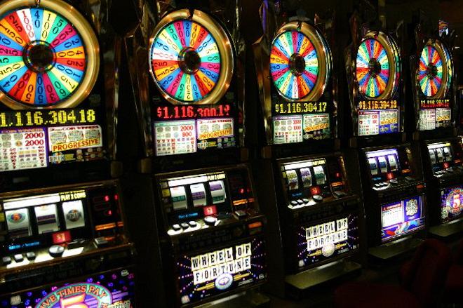 Легкий доход с автоматами казино Вулкан 777