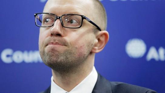 Яценюк пожаловался на «Северный поток — 2»