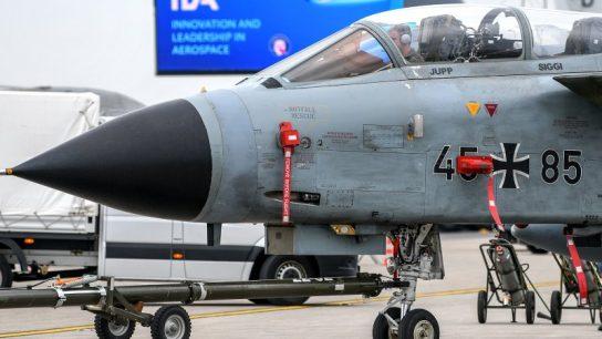 Из 128 истребителей ВВС Германии боеспособны только 4 самолета