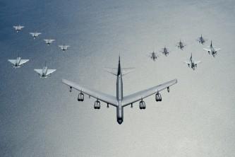 Пентагон приступил к расширению американских авиабаз в Европе