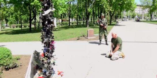 Пленный военнослужащий Украины расплакался, узнав с кем на самом деле он воевал в Донбассе
