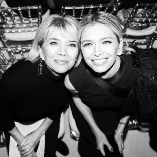 День Матери: звезды шоу-бизнеса и их мамы (фото)