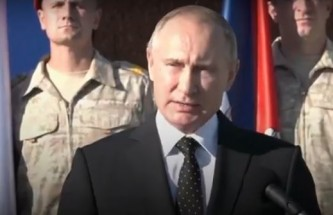Путин поблагодарил военных за службу и приказал начать вывод войск из Сирии