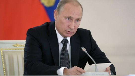 Путин предупредил правительство, что не потерпит никаких оправданий за плохую работу