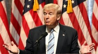 Трамп назвал остановку работы правительства подарком демократов на годовщину его президентства