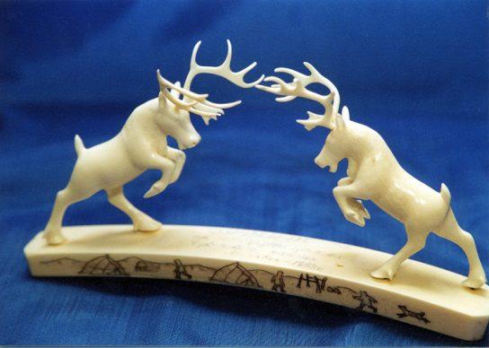 Работы знаменитых уэленских косторезов будут представлены на международном фестивале в Китае