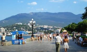 В Киеве объяснили, почему украинцы продолжают ездить в Крым