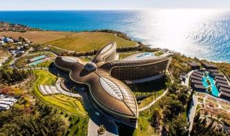 Крымский отель Mriya Resort & Spa признан лучшим курортом мира