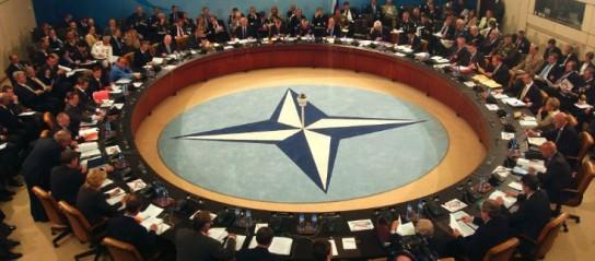 США и Европа решили уничтожить НАТО