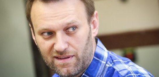 Навальный смонтировал видео факта вброса бюллетеней на выборах