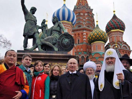 The Guardian: Путину удалось создать в России народное единство