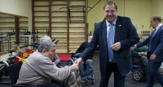 Что защищает депутат Пайкин: инвалидов-спинальников или свой депутатский мандат?