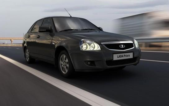 «АвтоВАЗ» назвал цены на новые модификации «Приоры»