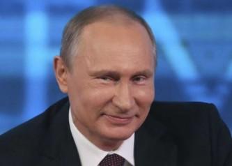 Путин: Я, что, один на этой панели выступаю?
