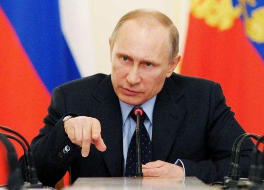 Путин поручил обеспечить надежную защиту рубежей России