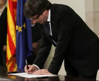 Каталония объявила себя независимой