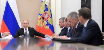 Путин провел рабочее совещание с Совбезом