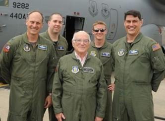 В бой идут одни старики: ВВС США призывают на службу пенсионеров