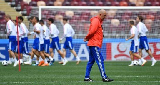 Проигрывая Уругваю, российские футболисты берегли силы для будущих побед