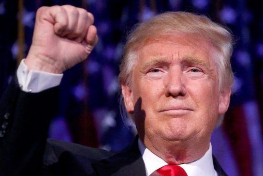 Рейтинг одобрения Дональда Трампа вырос на три процента
