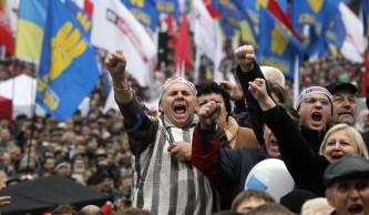 Только 18% украинцев считают, что с Донбассом нужно воевать