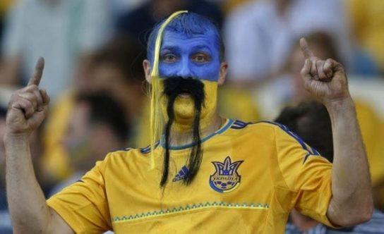 Украинские болельщики «футболеют» за Россию