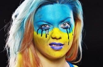Украине предложили снять «европейские кружевные трусики»