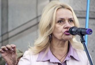 Киев будет высылать украинских «артистов-предателей» в Россию в товарных вагонах