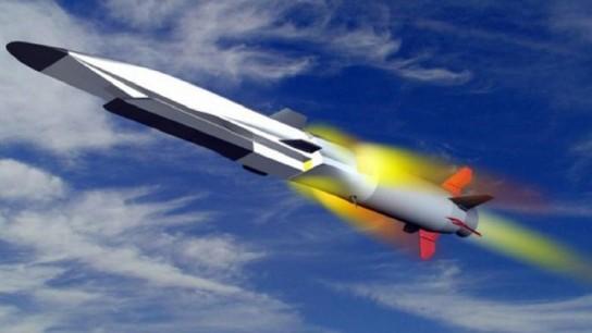 Российская армия в ближайшее время получит на вооружение новейшее гиперзвуковое оружие