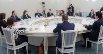 Собянин встретился с участниками кадрового проекта «Лидер.Мед»