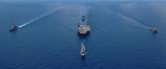 Пентагон перебрасывает авианосную группу ВМФ США к берегам Сирии