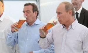 Шредер не намерен изменять дружбе с Путиным