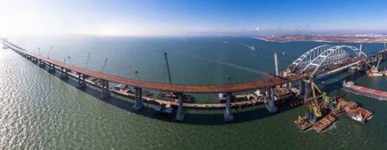 Песков: Путин лично откроет движение по Крымскому мосту