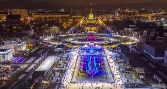 За три дня каток на ВДНХ посетили более 15 тысяч человек