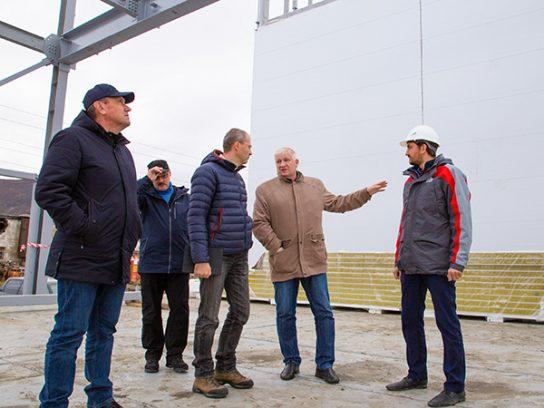 Роман Копин оценил ход работ по замене инженерных сетей в Певеке