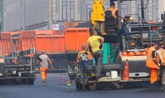 Украине потребуется около ста лет на ремонт изношенных дорог
