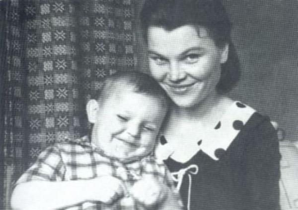 Скончалась мама Михаила Круга