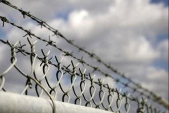Украинцы выступили против строительства забора на границе с Крымом