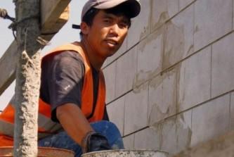 Украина стала аутсайдером рейтинга трудовых мигрантов