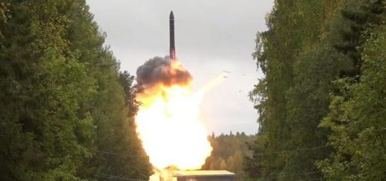 Япония может за год создать собственную межконтинентальную баллистическую ракету