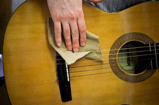 Обязательный уход за гитарой