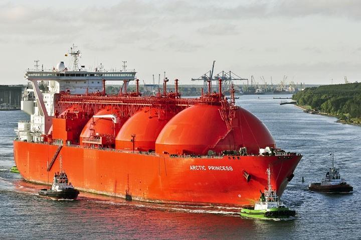 Польша разорится на доставке СПГ из США
