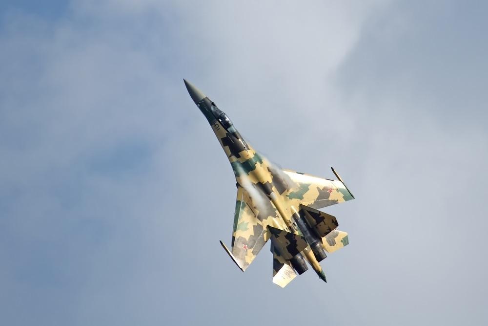 NI: Российский Су-33 по всем параметрам превосходит его китайскую копию J-15