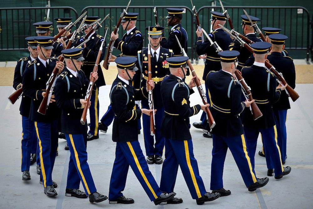 Вооруженные силы США стремительно деградируют