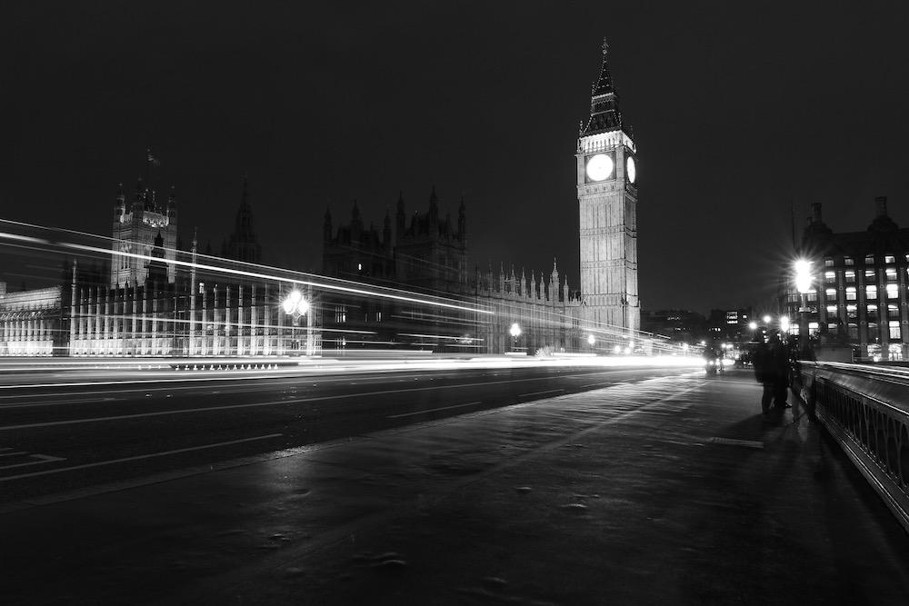 Anonymous обвинили спецслужбы Британии в отравлении Скрипалей