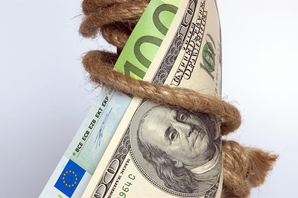 Евросоюз запускает механизм для обхода американских санкций