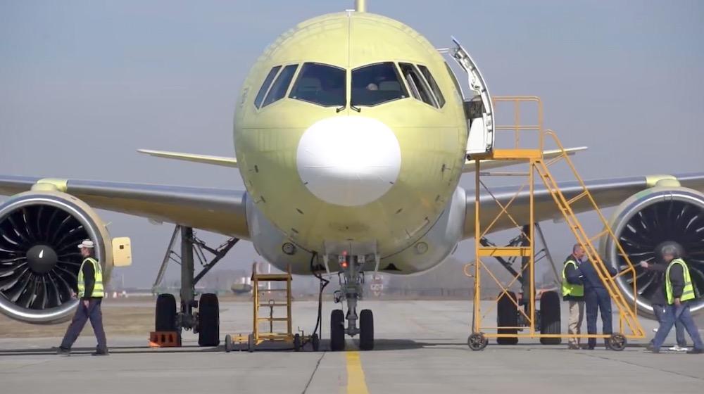 Лайнер МС-21-300 совершил первый полет