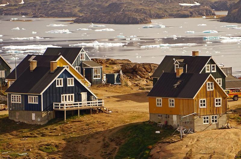 Дания назвала безумной идею Трампа купить Гренландию