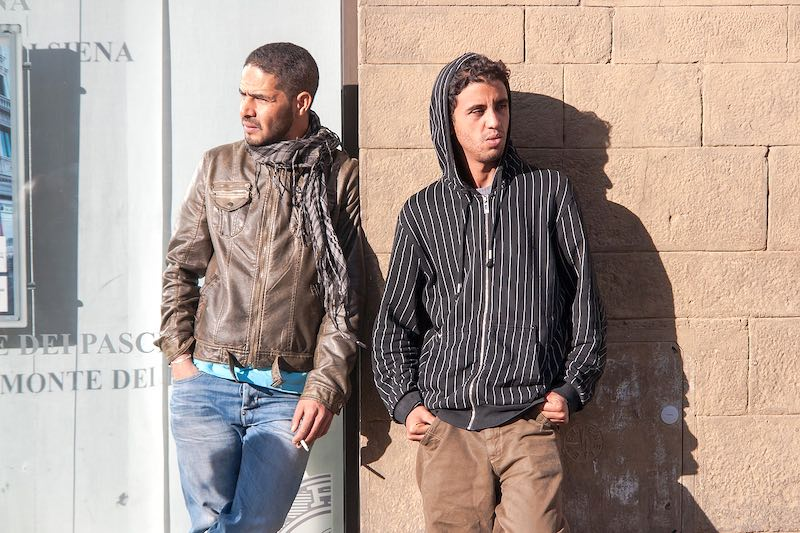 NYT: США приравняли мигрантов к преступникам